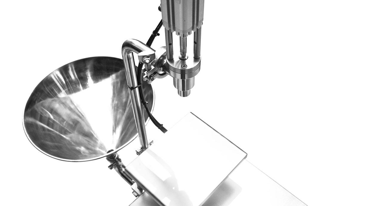 Volumetric Filler (2000ml) - Pneumatic filling machine for liquid, cream, paste or oil product.