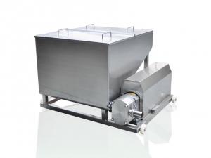 Hopper tank with lobe pump